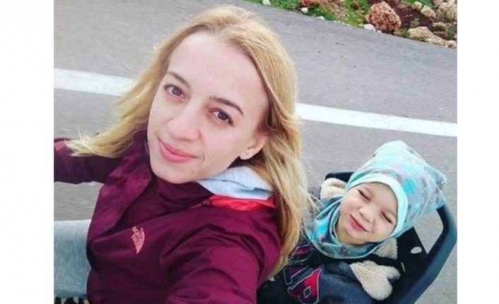 Genç Hemşire Nöbet Çıkışı Hayatını Kaybetti.