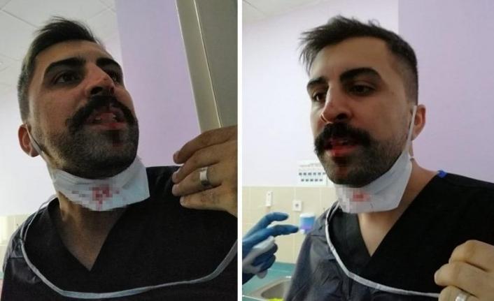 Koca'dan Saldırıya Uğrayan Sağlıkçıya Destek