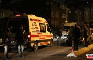Kağıthane'de şoförle tartışıp ambulansa kurşun yağdırdılar
